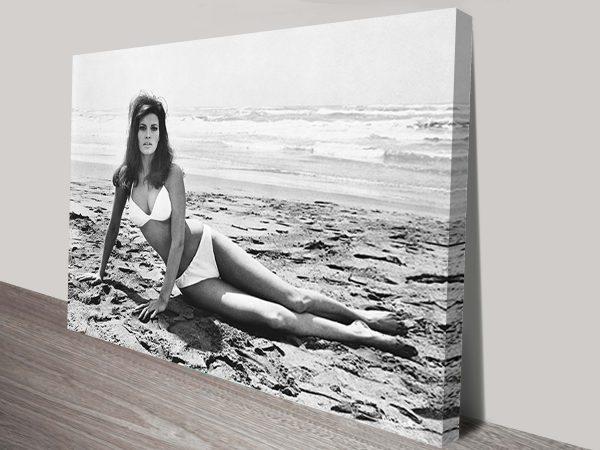 Raquel Welch Canvas Print