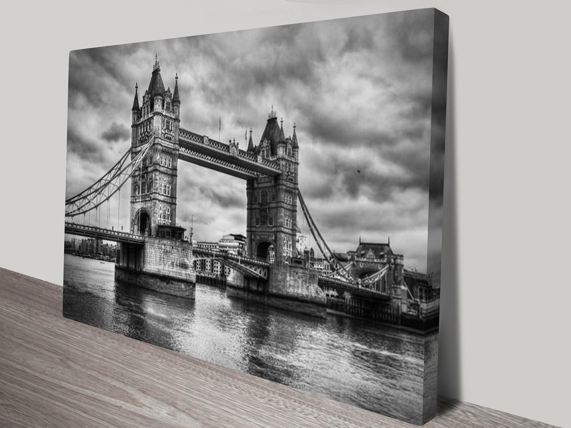 London Bridge Black and White Canvas Decor
