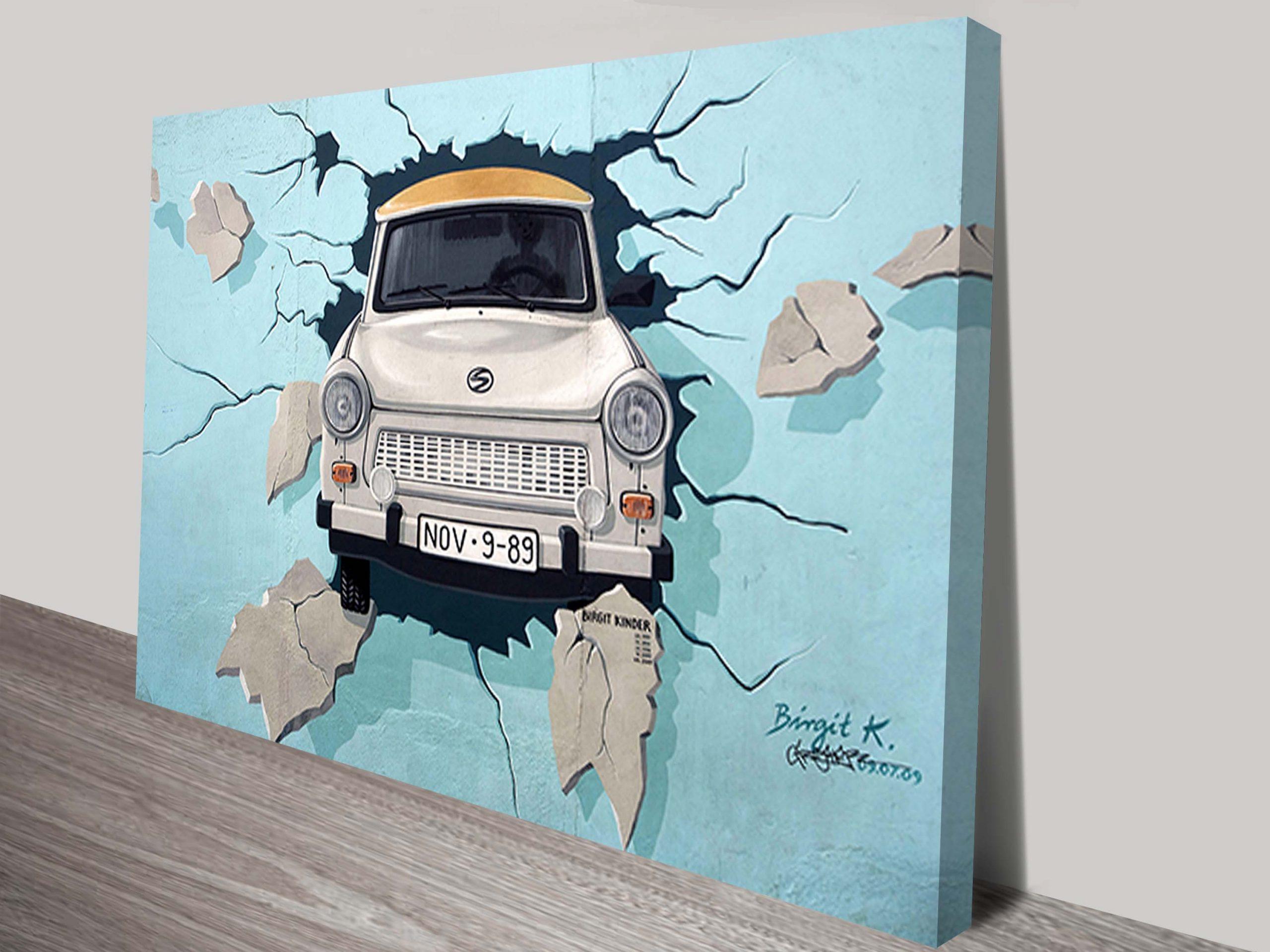 Urban breakthrough canvas print